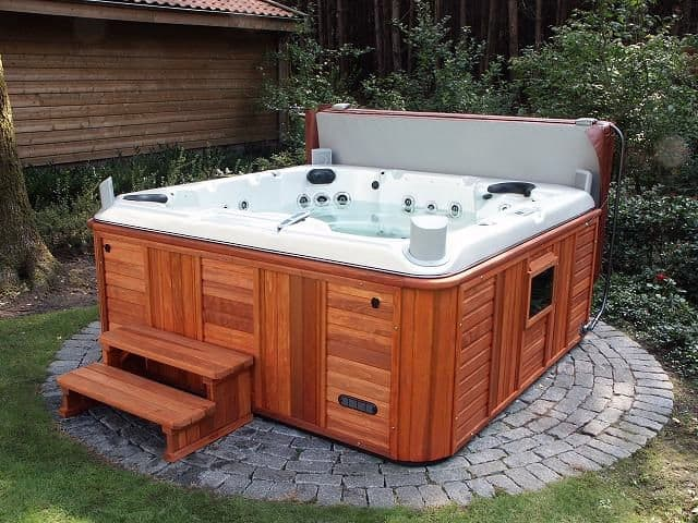 Hot tubs and its different types hot tubs spas for Types of hot tubs