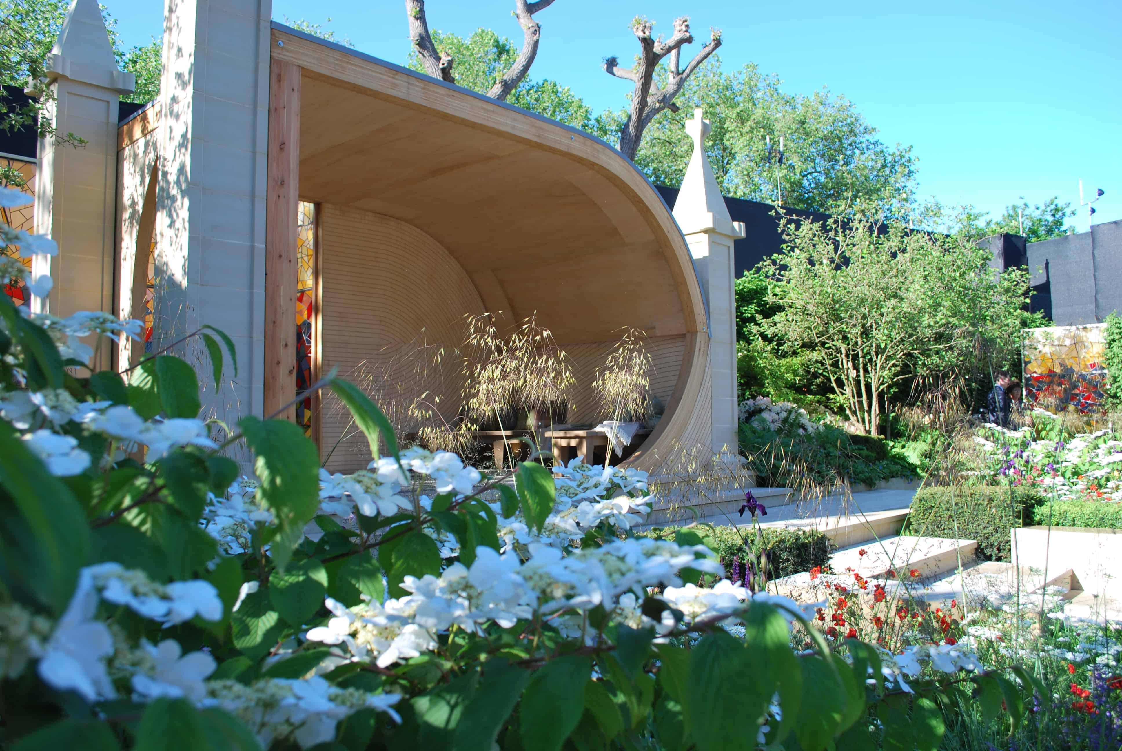 Rolawn Celebrates Supply To Rhs Chelsea Flower Show 2016 Winners