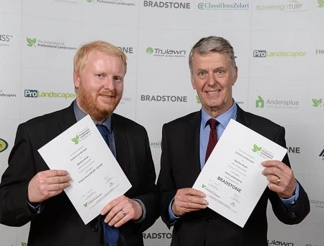 Chris and Paul Baker, directors of Holland Landscapes, at the APL Awards in 2017